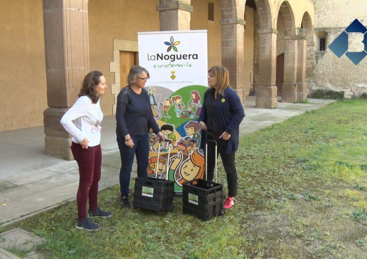 Una vintena de muncipis de la comarca distribueixen carrets per facilitar el transport d'escombraries