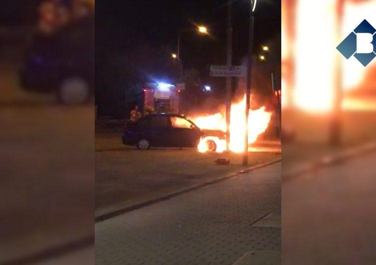 Crema un vehicle a Balaguer