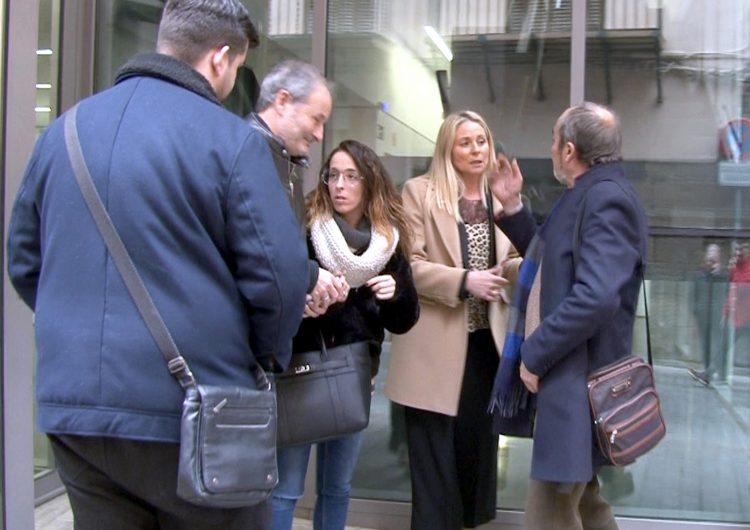 Absolen la coordinadora de Ciutadans de Balaguer d'amenaçar una veïna de la població pels llaços grocs