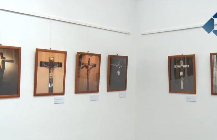 """Exposició """"El Crucificat"""" de Francesc Roca"""