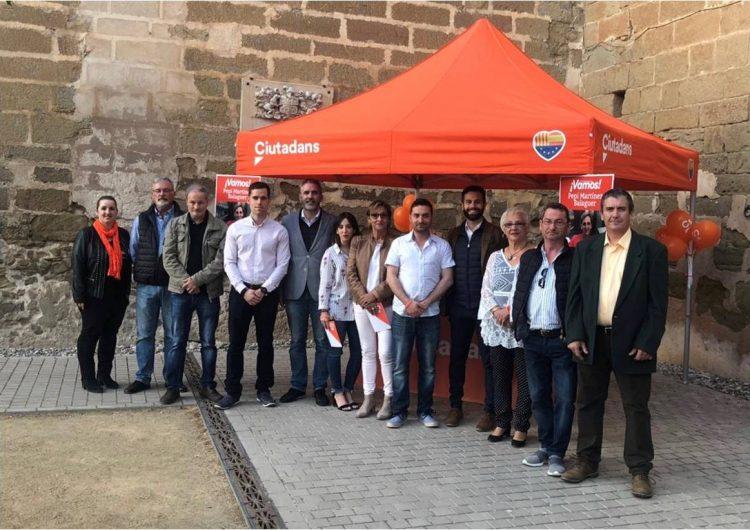 Ciutadans presenta la candidatura per les municipals a Balaguer en un acte a la placeta de Sant Domènec