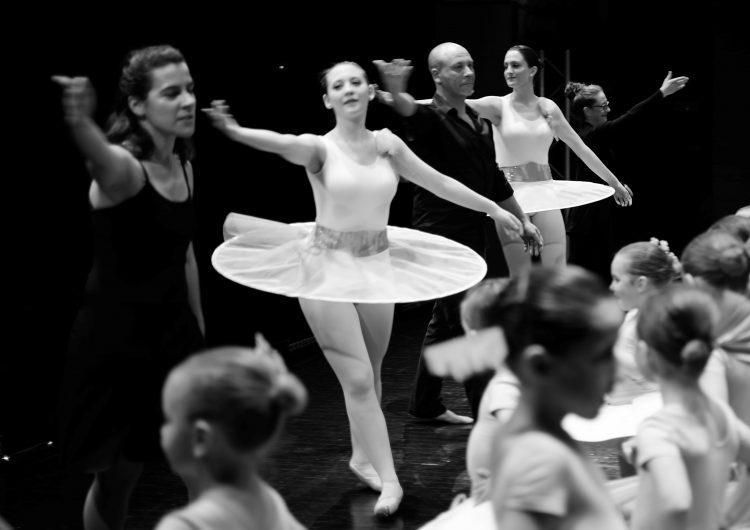 """La Xemeneia presentarà l'espectacle """"Identitats"""" a la 7a Mostra de Dansa Ciutat de Balaguer el proper 23 de març"""