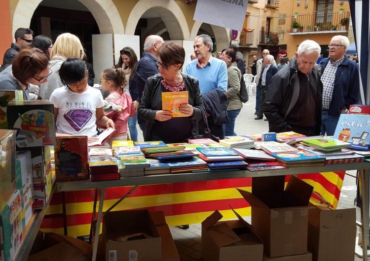 Èxit de participació a l'Encontats, el primer mercat del conte infantil de Balaguer