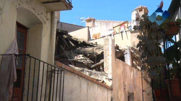 L'Ajuntament de Balaguer inicia l'enderrocament de la part coberta de l'edifici abandonat del carrer Cuartel