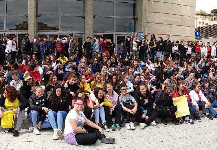 Balaguer celebra el Dia Mundial de l'Activitat Física amb una caminada