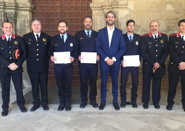 Reconeixement a tres agents de la Guàrdia Urbana de Balaguer