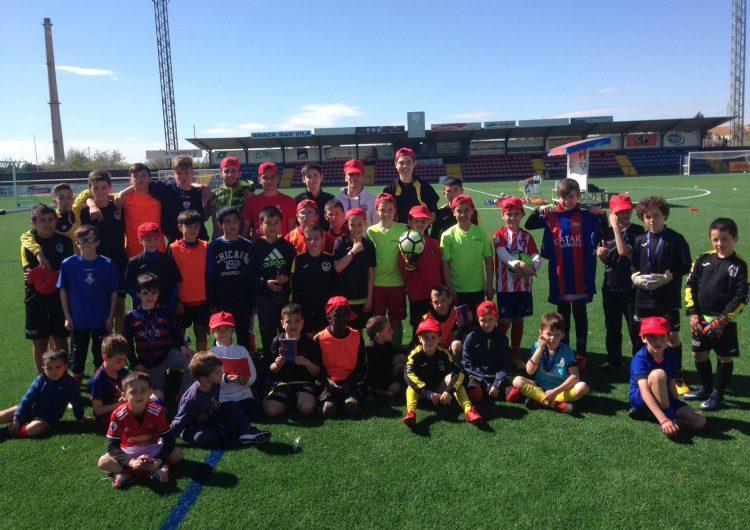 Càritas col·labora a les estades del CF Balaguer