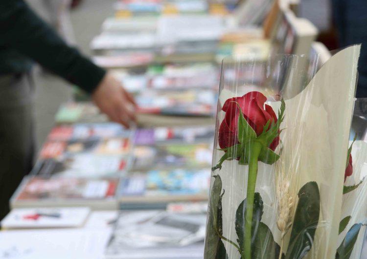 Els llibres polítics triomfen per Sant Jordi entre les personalitats catalanes