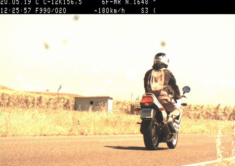 Enxampen un motorista circulant a 180 quilòmetres per hora per la C-12 a Menàrguens