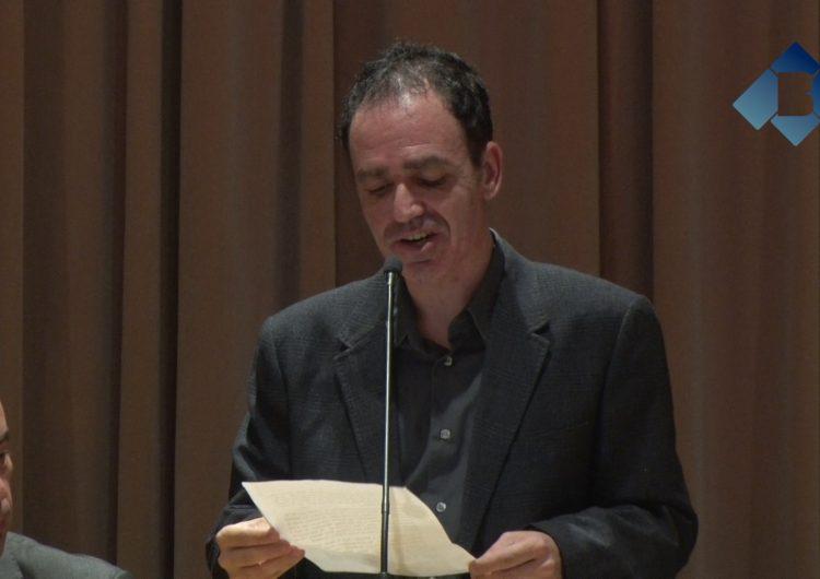 El periodista Francesc Canosa anima a fer gala de l'orgull balaguerí al pregó de Festa Major
