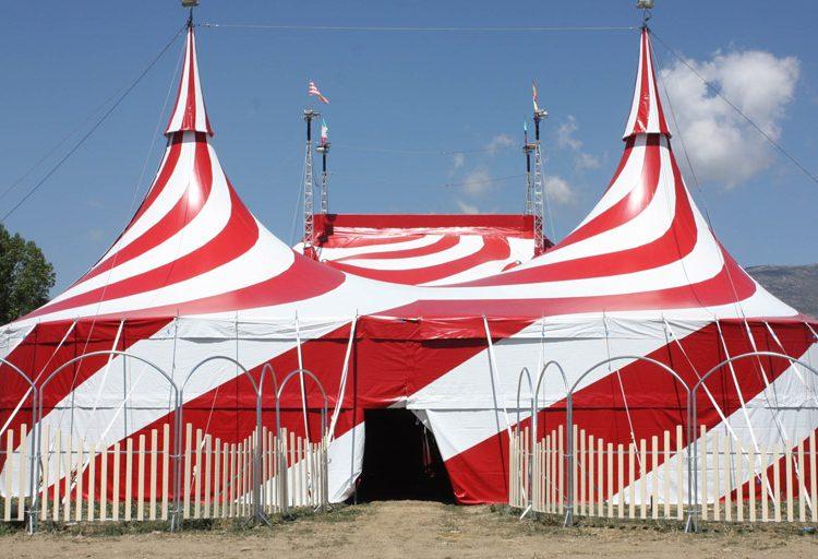 Twister Circus porta la màgia italiana a Balaguer