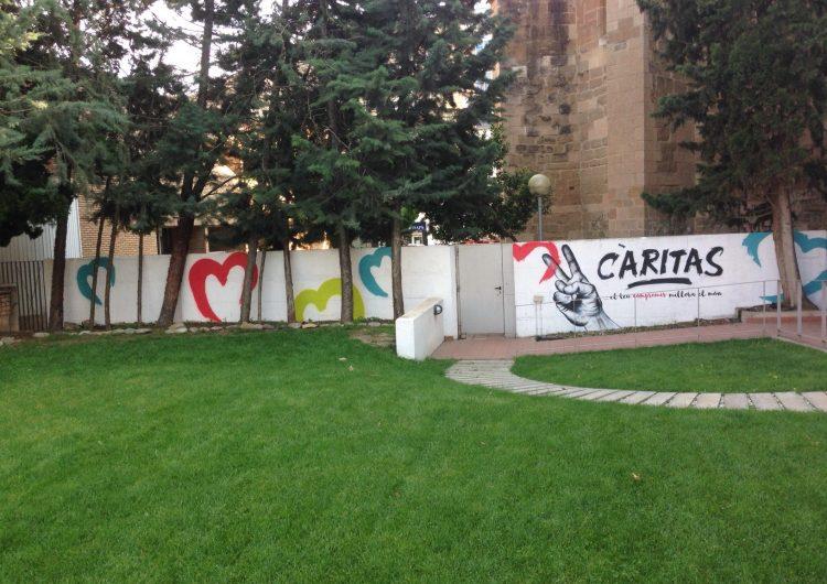 Taller de 'graffiti' amb els alumnes de la UEC de Balaguer