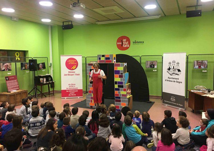 La biblioteca d'Artesa de Segre celebra l'hora del conte