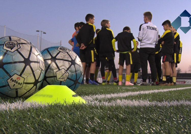 El CF Balaguer treballa l'adaptació a futbol 11 amb els jugadors d'infantil