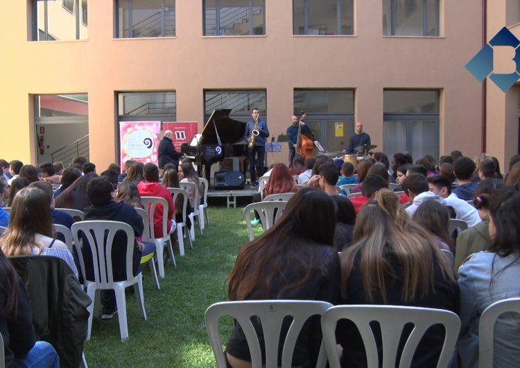 Les audicions escolars donen inici al festival 'Jazz al Pati' de Balaguer