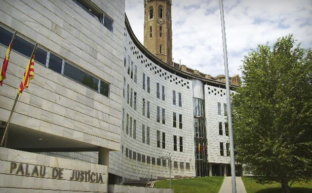 Condemnat a un any i mig de presó per intentar robar a tres joves a Balaguer amenaçant-los amb un tornavís