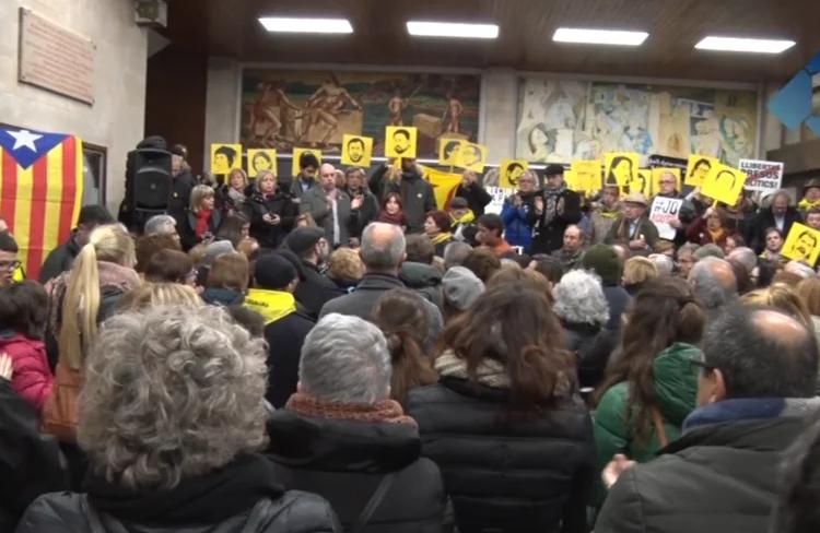 """Concentració a Balaguer per demanar la llibertat dels polítics presos i denunciar que el judici és una """"farsa"""""""