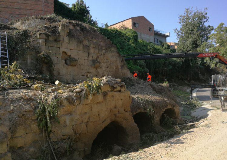 """Térmens """"destapa"""" el molí medieval amb l'inici dels treballs d'eliminació de la vegetació"""
