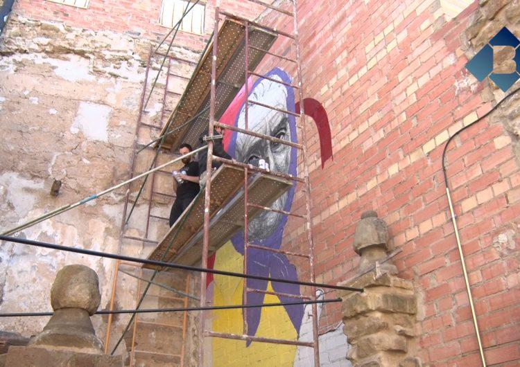Nou mural a Lo Carreró de Montgai dels artistes portuguesos Draw & Contra