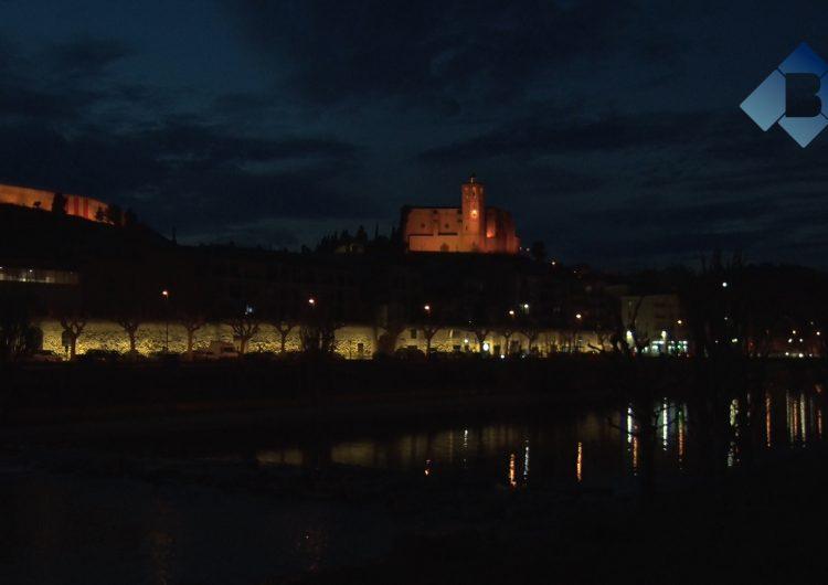 Balaguer il·lumina el tram de muralla de la zona del Portalet
