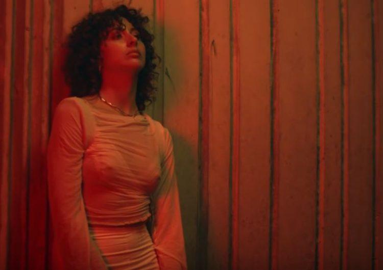La balaguerina Naida Camarasa s'estrena com a cantautora amb el seu primer single