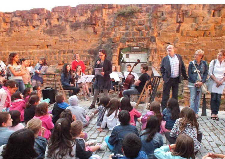 La Nit de Llegendes omple de música i relats el nucli antic de Balaguer