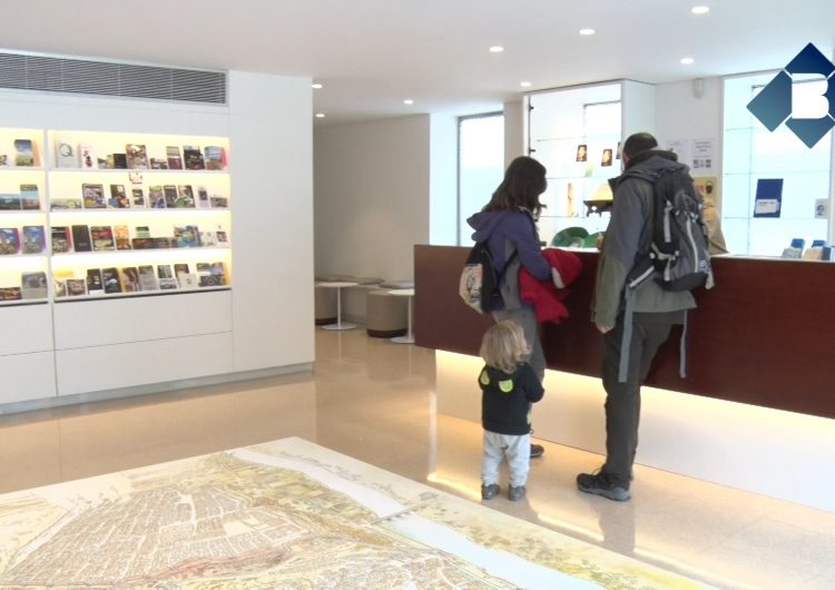 La nova imatge del hall del Museu de la Noguera i Oficina de Turisme