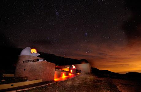El Parc Astronòmic del Montsec participa d'un estudi sobre com en presència de núvols la llum de les ciutats pot afectar el medi nocturn