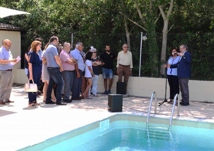 Joan Reñé inaugura a Foradada la prolongació d'aigua de Montsonís fins a Salgar i les reformes de la piscina municipal