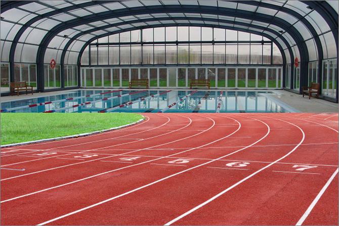 Els balaguerins podran decidir en una consulta si prefereixen una nova piscina coberta o una pista d'atletisme