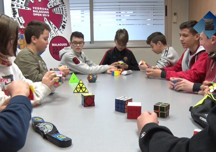 L'Escola Vedruna celebra aquest cap de setmana el II Torneig Internacional de Cub de Rubik