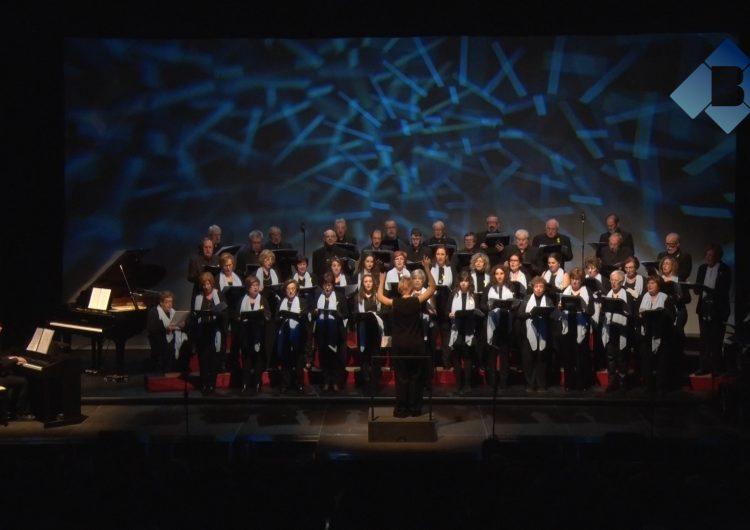 L'Orfeó Balaguerí omple el Teatre Municipal en el tradicional Concert de Sant Esteve