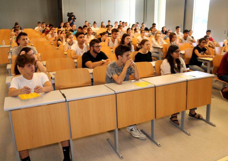 Comencen les proves de la selectivitat per a 1.818 estudiants lleidatans