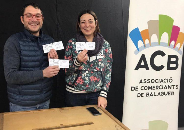 L'Associació de Comerciants de Balaguer sorteja els 3 tours amb regal de la campanya de Nadal
