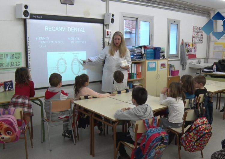 Taller d'higiene bucodental de la Clínica Dental Balaguer a l'escola de Térmens en el marc de la setmana de la prevenció