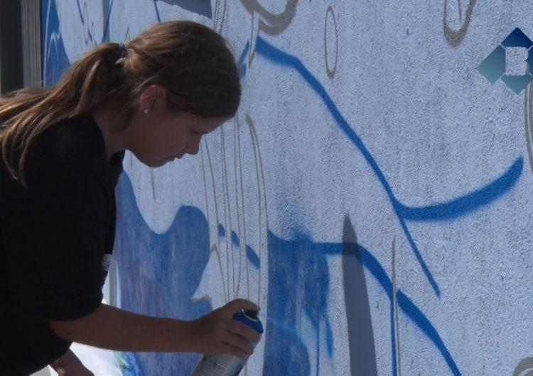 Una vintena de joves de Térmens han participat als tallers de graffiti que organitza l'Ajuntament