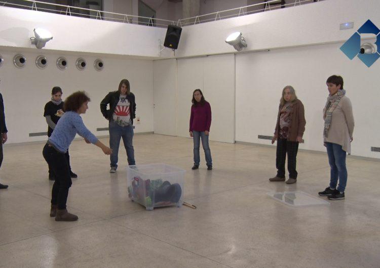 L'associació de salut mental la Noguera s'endinsa en el món del teatre