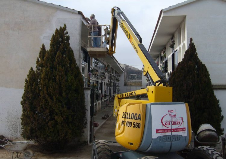 Artesa de Segre rehabilita la teulada del cementiri