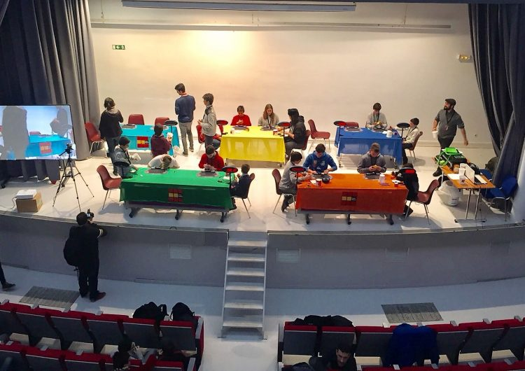 Èxit del 1r Torneig Internacional de Cub de Rubik de l'Escola Vedruna