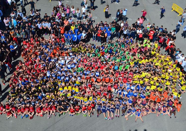 800 esportistes a la Trobada d'Escoles de Bàsquet a Balaguer
