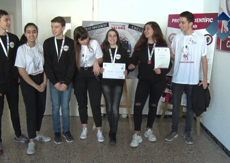 L'Escola Vedruna guanya el premi 'Global Innovation Awards' de la VIII edició de la First Lego League