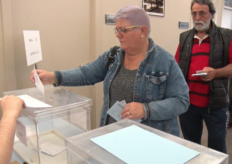 Obren els col·legis electorals del 26-M a Balaguer