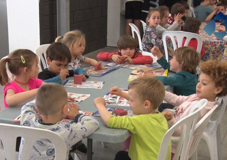 Una vuitantena de nens i nenes gaudeixen de la setmana Xtrem a Balaguer