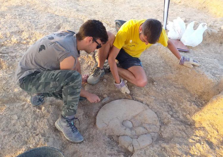 Troben una sala de modelatge de ceràmica del segle XI al Pla d'Almatà