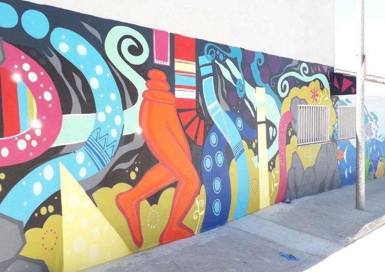 Térmens estrena mural a les piscines municipals