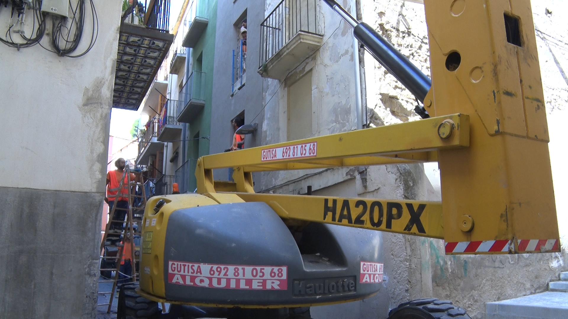 Balaguer arranja dos habitatges del carrer Cadena