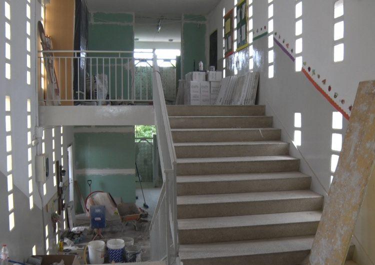 L'Ajuntament de Balaguer  reforma els banys del col•legi Gaspar de Portolà