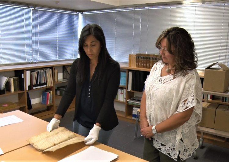 L'Ajuntament de Les Avellanes i Santa Linya cedeix 12 pergamins de l'època medieval a l'Arxiu Comarcal