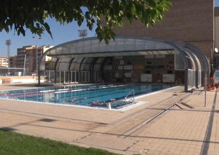 Comença l'obra de substitució de part de la coberta de la piscina municipal