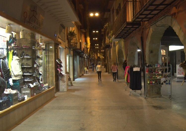 Els comerços del centre històric celebren la Castanyada amb activitats per a tota la família